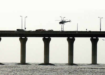 23-year-old jumps off Bandra-Worli Sea Link