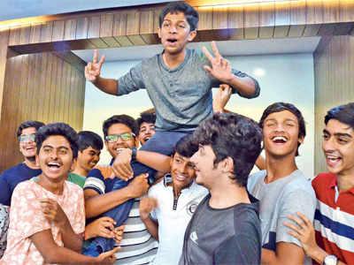 Mumbai breaks into toppers' club