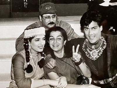 Throwback Thursday: Farah Khan shares old picture to embarrass Twinkle Khanna and Abhishek Kapoor