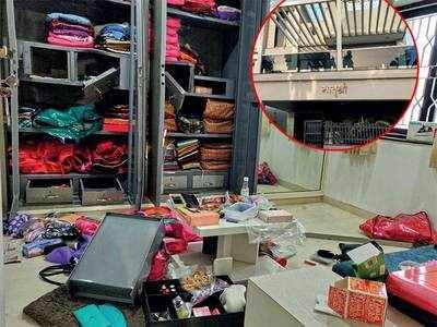 Owner goes on Shirdi trip, burglars target Sola house