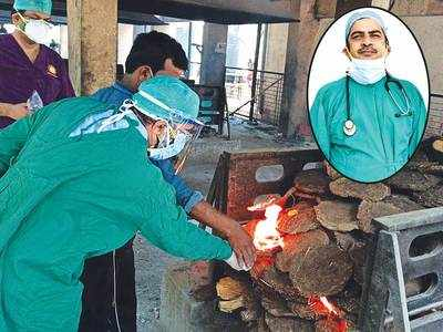 After lonely last rites of dad, doc is back next morning to serve ICU patients