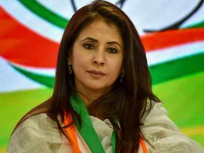 Internet reacts with memes as Urmila Matondkar quits Congress