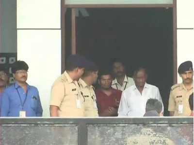 Karnataka crisis: Rebel Congress MLA MTB Nagaraj arrives in Mumbai