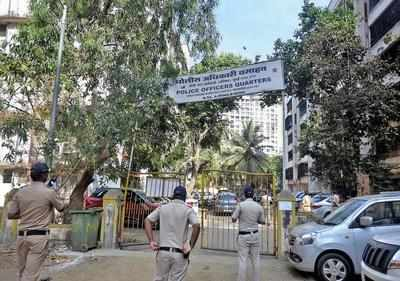 Mumbai: No police to man sealed societies, some corporators ask BMC to quarantine buildings