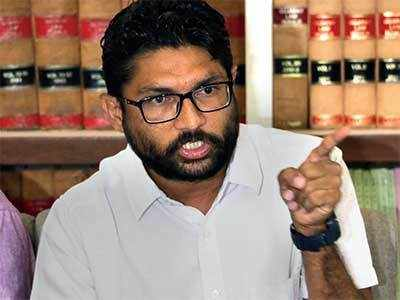 Vadgam MLA-Dalit leader Jignesh Mevani calls off Kutch protest after Dalits given land