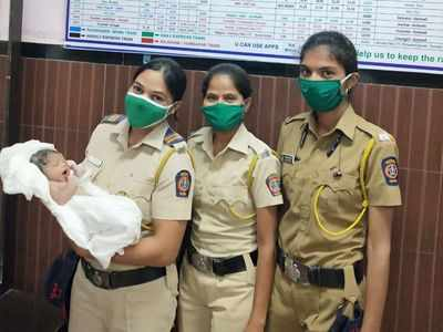 Panvel: Railway staff help deliver baby girl on Independence Day