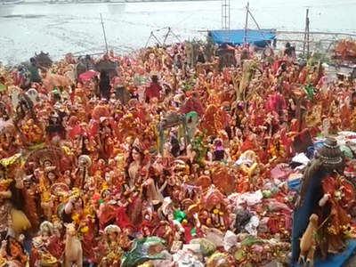 Fake alert: Video of Dashama idols from Ahmedabad shared to imply Ganpati idols harm environment