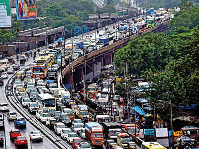 25 km of Western Express Highway from Bandra to Borivali to undergo facelift