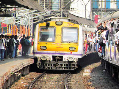 Central Railway to lift speed limits at 3 places, trains expected to be more punctual