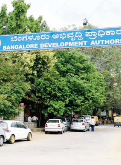 FIR filed against top babus for Rs 100-cr fraud in BDA