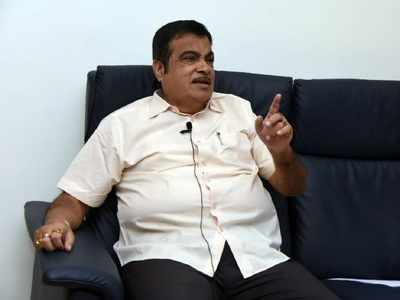Nitin Gadkari to BJP workers: Don't do politics in social service, reach out to people with all possible help