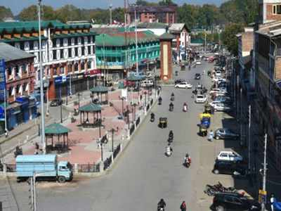 Postpaid mobile phone services to resume from Monday in Kashmir