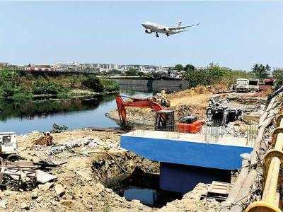 Disaster waiting to happen: Unfinished bridge on Mithi may cause Kurla-Kalina to flood