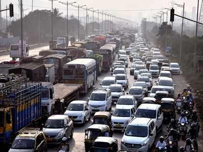 Mumbai Police issues traffic advisory ahead of Uddhav Thackeray's swearing-in ceremony at Shivaji Park