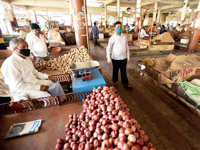 Mandai's onion, potato sellers set distancing trend