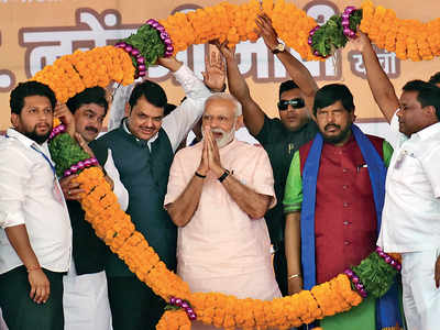 Congress leaders oppose PM Modi's Madha rally a day before voting in Solapur