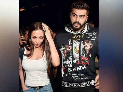 It's Arjun Kapoor, 'This way or that way', for Malaika Arora