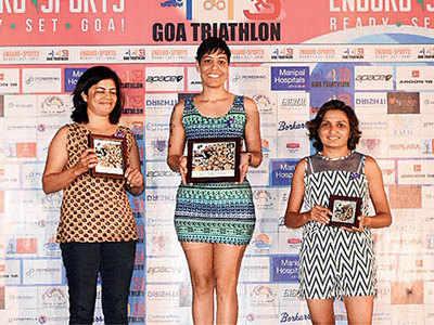 Pune athlete wins triathlon