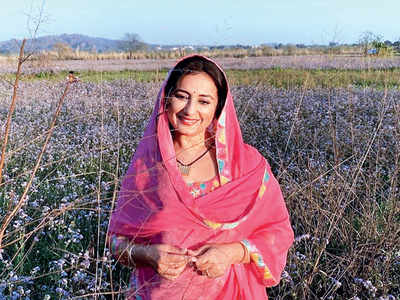 Divya Dutta returns to Mumbai just before shutdown even as the crew of her next remains stranded in Punjab
