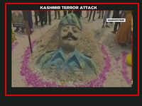Pulwama terror strike: Sand artist in Andhra Pradesh's Visakhapatnam pays tribute to CRPF jawans killed in attack