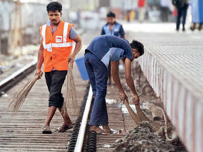Kalyan, Kurla and Thane among the 10 dirtiest stations in the country