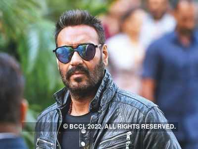 Ajay Devgn marks 30 years in Bollywood