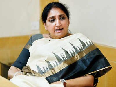 Sunetra Pawar: Between family and politics