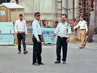 MahaMetro appoints ex-senior traffic cops to lead its wardens