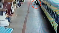 On cam: RPF cop saves passengers life at Bhubaneswar station