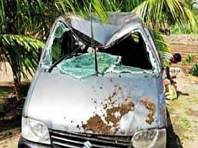 Pune: Three drown as van falls in well in bid to save dog