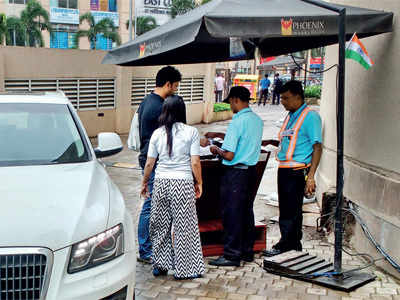 HC orders PMC to clarify its policy on mall parking charges