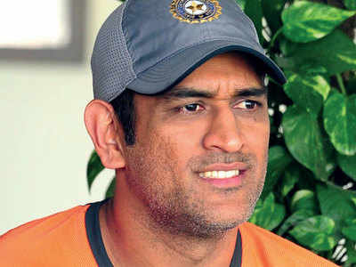 Should MS Dhoni be included in the next World Cup squad?