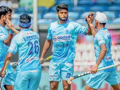 Champions Trophy Hockey: Australia defeats India 3-2, slips to third place