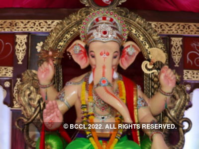 Ahead of Ganesh Chaturthi, sculptor Sachin Sethe sends Ganpati idols to flood-hit areas in Maharashtra