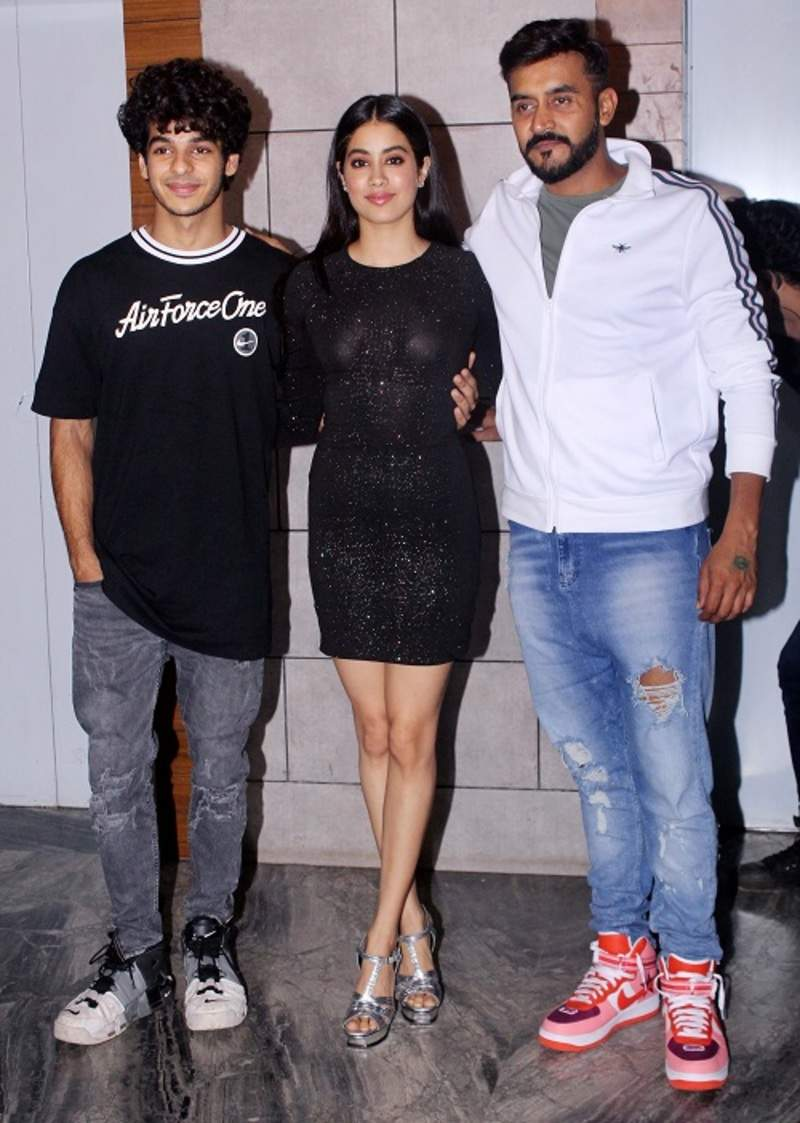 Dhadak success party: Ishaan Khatter, Janhvi Kapoor celebrate with Shashank Khaitan, Karan Johar
