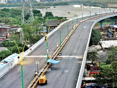 NCP threatens to open Chunabhatti-BKC flyover