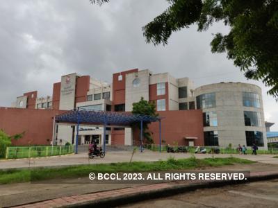 Teachers protest outside Gujarat Technological University; accuse Vice-Chancellor Navin Sheth of bias