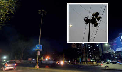 Badly lit junctions haunt residents of Baner, Pashan since lockdown