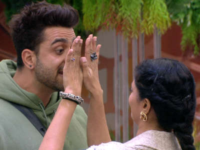 Bigg Boss 14: Kavita Kaushik, Aly Goni get into an ugly fight over house rules