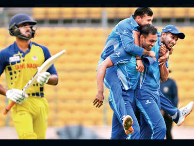 Vijay Hazare Trophy: Karnataka beat Tamil Nadu by 60 runs to win final