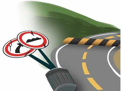 Thane: Three separate accidents on Ghodbunder road, minor killed