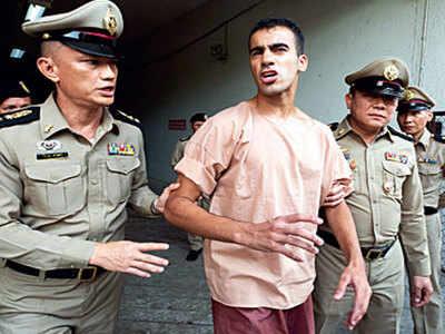 Please don't send me to Bahrain: refugee footballer pleads in Bangkok