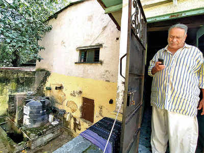 Police tank leaking into ancestral home troubles Khadki family for 12 years