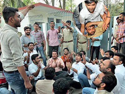 Gujarat University postpones student polls, NSUI leaders cry foul