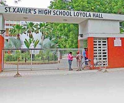 Class 9 student removed from school for 'visiting' girl student in primary