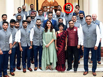 Ajinkya Rahane at the back; but Anushka Sharma not at fault here's why