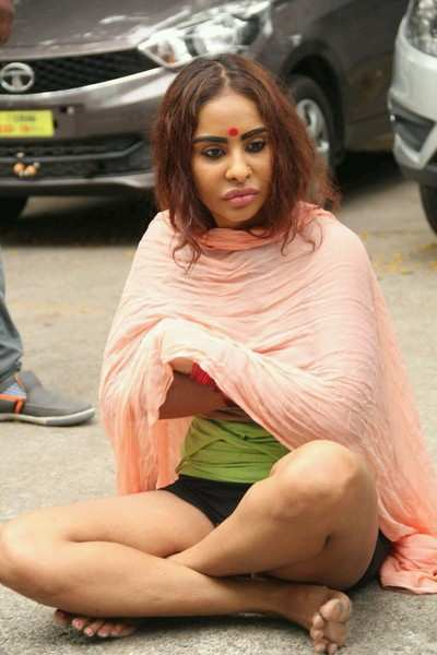 Tollywood 'Me Too' campaigner Sri Reddy protests semi-nude at Artists Association office
