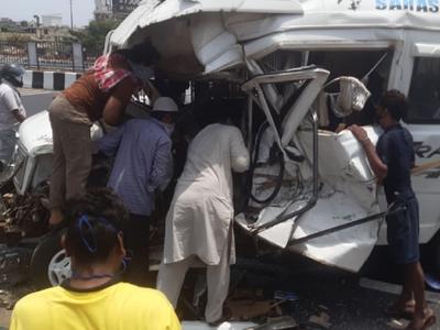 One killed, five injured in mishap on Mumbai-Pune expressway