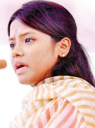 RR Patil's daughter launches anti-tobacco campaign in colleges