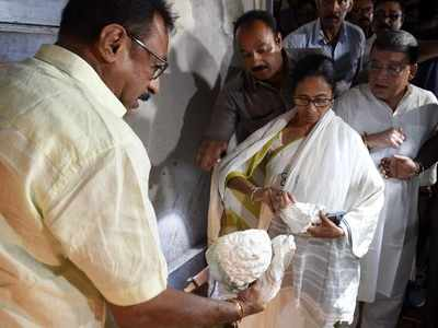 TMC, BJP blame each other for damaging Vidyasagar's statue